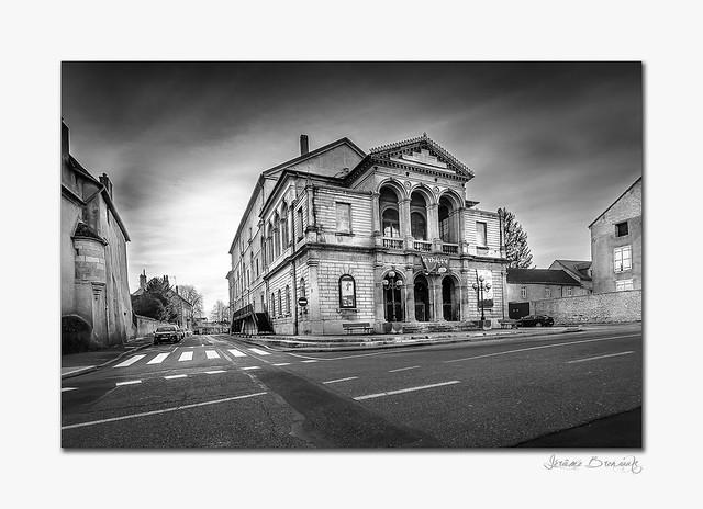 Le theatre de DOLE en noir et blanc