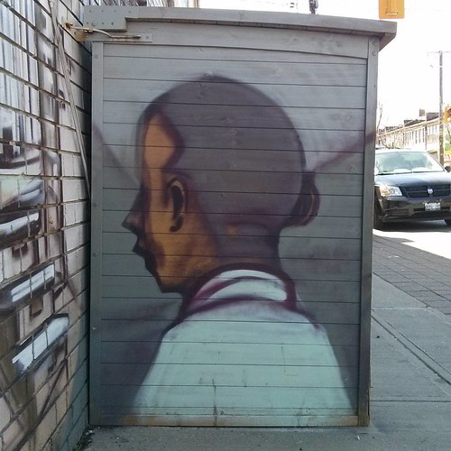 Face turned away #toronto #dovercourtvillage #dovercourtroad #graffiti