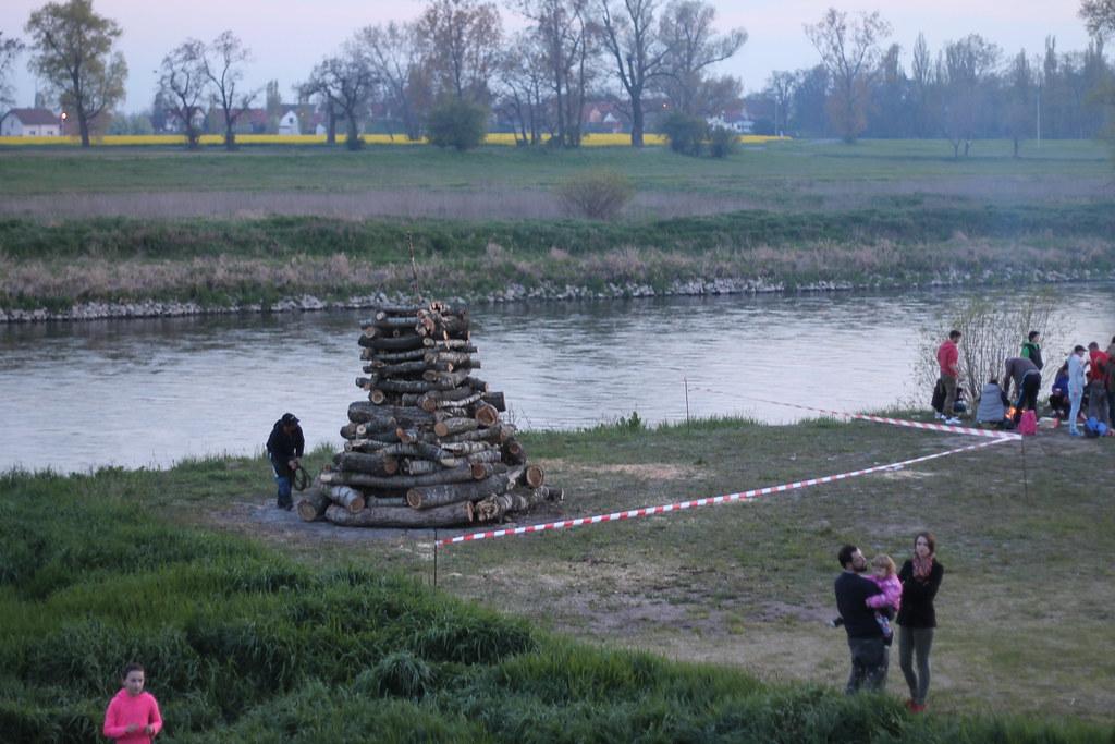 The pyre for Čarodějnice