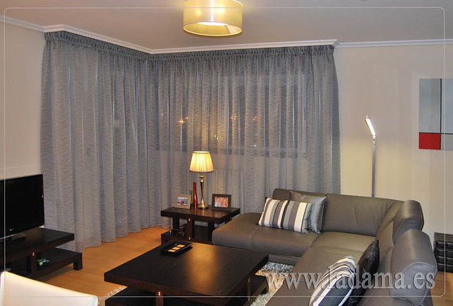 Cortinas organza gris plata para sal n flickr photo for Cortinas salon gris