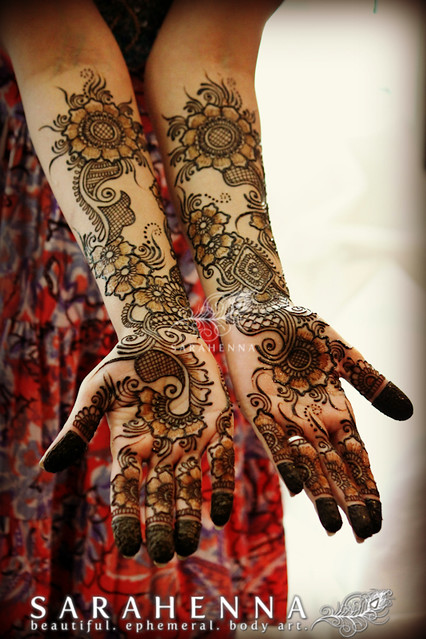 Mehndi Hands With Mobile : Unique bridal palms for megha flickr photo sharing