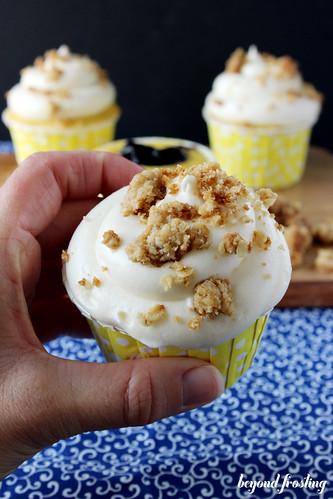 Lemon Blueberry Pie Cupcakes