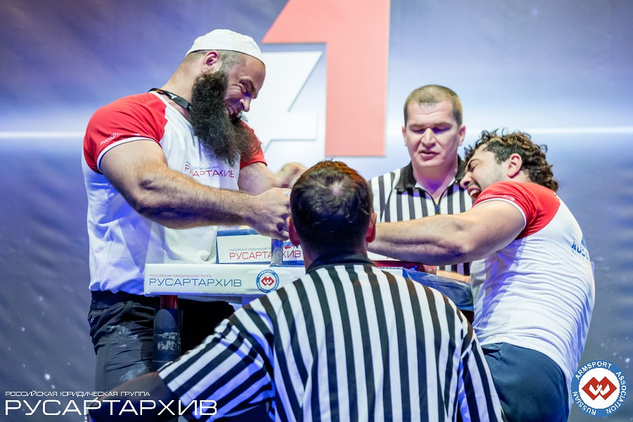 Zelimhan Zankarhanov vs. Murat Kariaev │A1 RUSSIAN OPEN 2013, Photo Source: armsport-rus.ru
