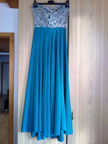 Ball gown: dress