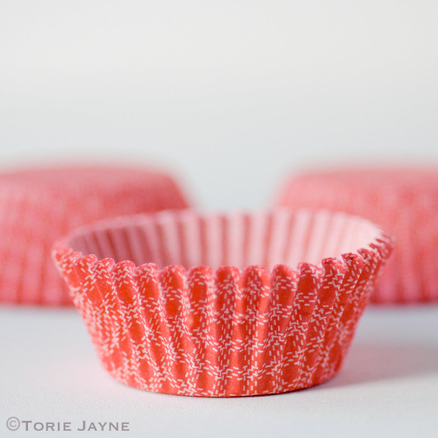 Red & white check small cupcake cases
