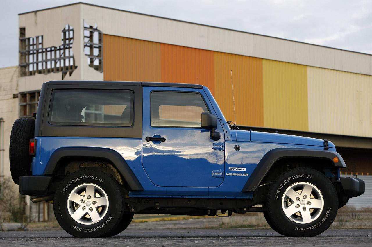 05-2012-jeep-wrangler-sport-review