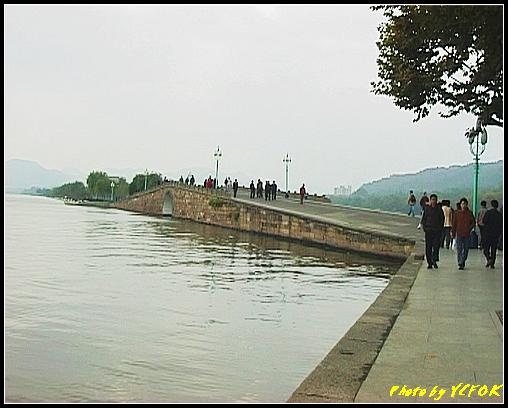 杭州 西湖 (其他景點) - 102 (從北山路湖畔看西湖十景之 斷橋)