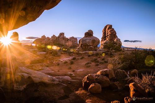 sunrise dawn landscapes utah sandstone rocks anp skies unitedstates scenic moab geology archesnationalpark deserts landscapephotography pentaxk3 fingolfinphoto philipesterle