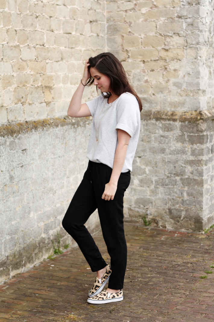 h&m sweatshirt leopard slip-ons casual trousers