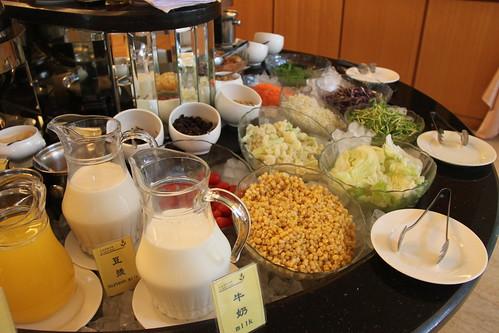 台南商務會館悠閒度假-早餐自助吧04