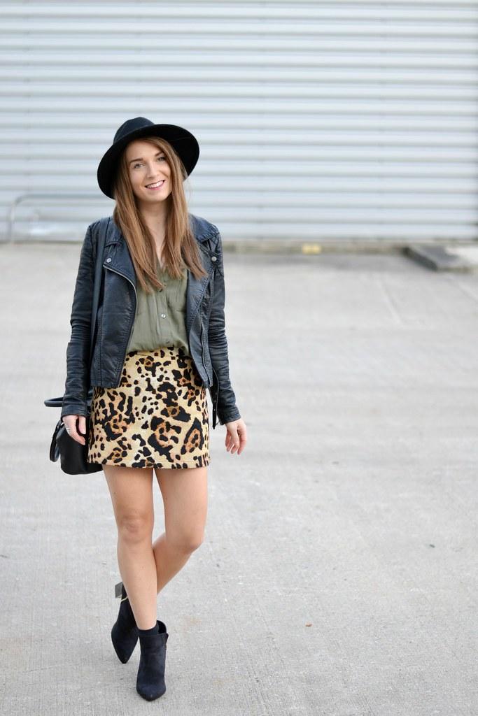 Leopard Print Topshop Skirt 3