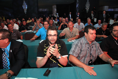 Candid Photo of Males at Conference / Hommes photographiés à une conférence