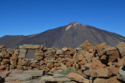 Mount Teide from the summit of Guajara showing Smythe's observatory