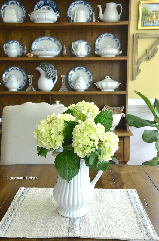 Hydrangeas/Dining Room - Housepitality Designs