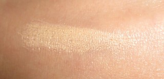 Benefit Fake Up Concealer Swatch