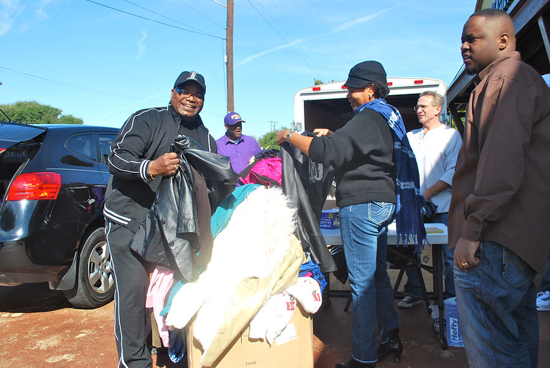 1000 Coats For Hope Coat Drive