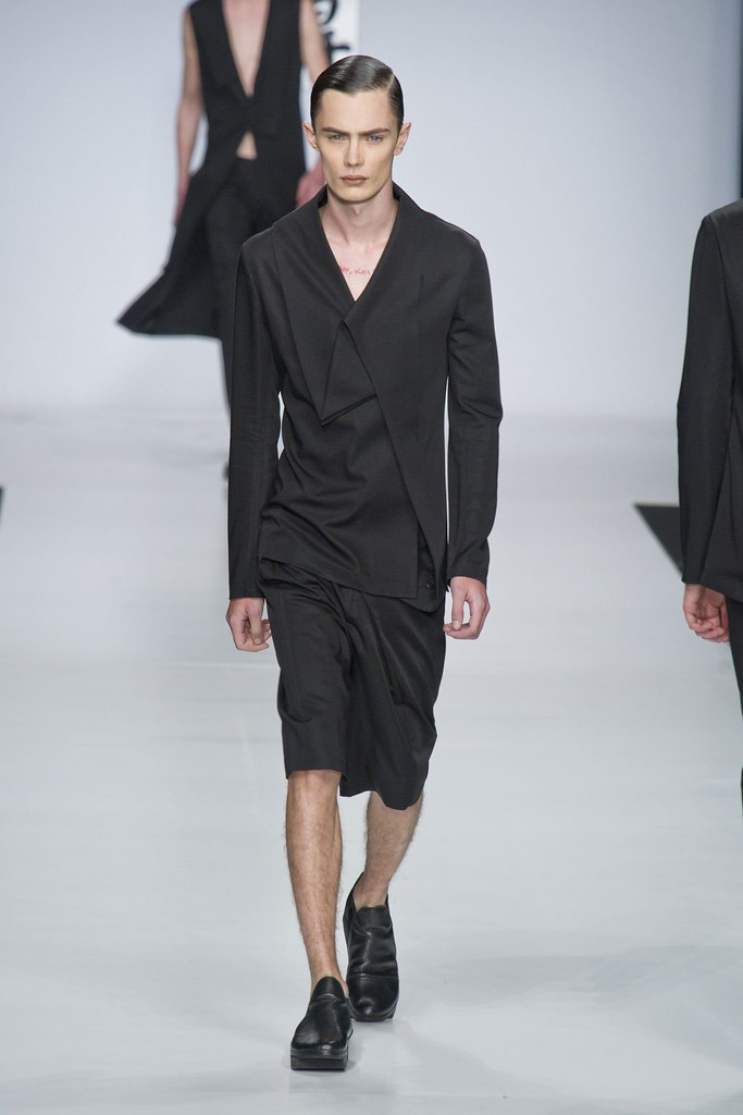 SS14 Milan Ji Wenbo015_Simon Kotyk(fashionising.com)