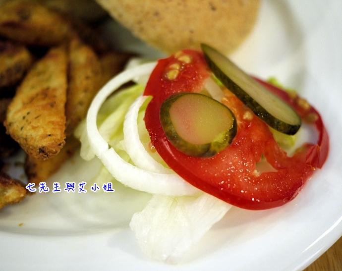 14 松山文創園區 PHAT Burger
