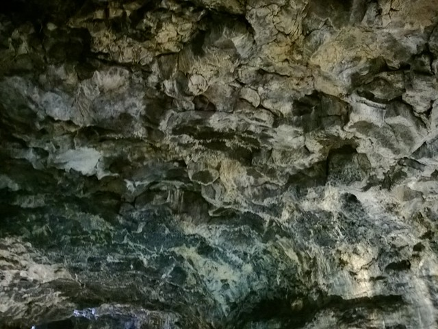 lumia 925 - lava caves on Jeju Island-007