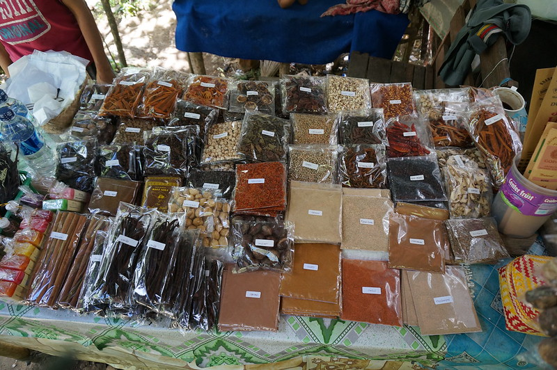 One of the stalls on the way to waterfalls