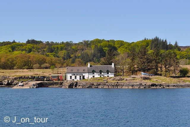 Boathouse pub  GJC_012795
