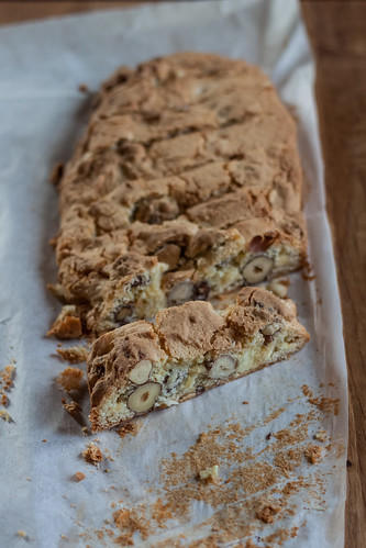 Hazelnut and white chocolate biscotti