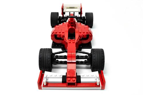 Ferrari F14 T (3)
