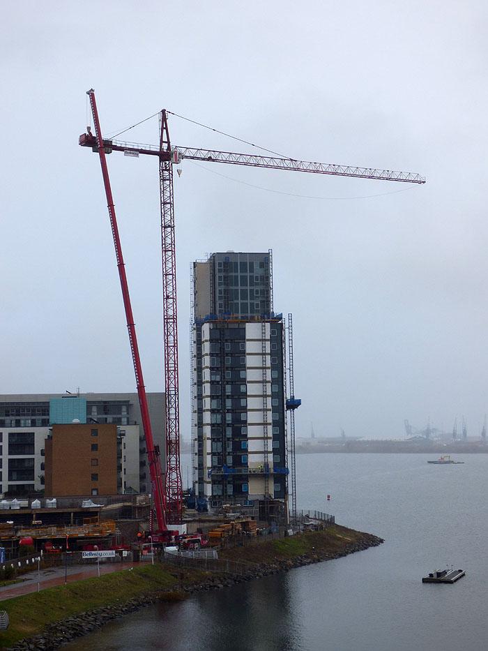 crane coming down