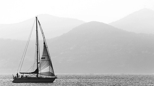 Sailing in Cannes, France 17/10 2008.