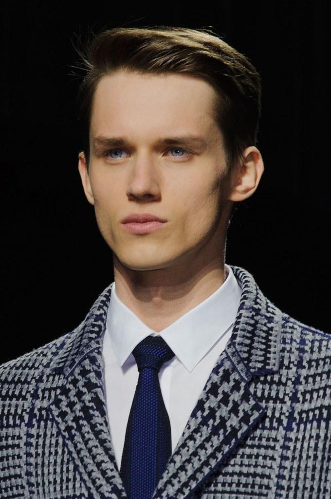 Yulian Antukh(Antuh)3107_FW15 Paris Dior Homme(fashionising.com)