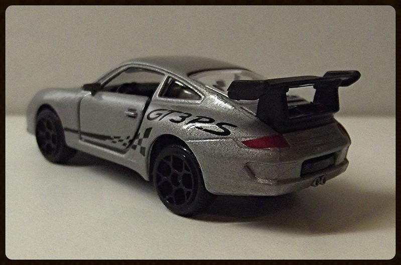 N°209D Porche 911 GT3RS. 16375560565_46f3c12fbc_c