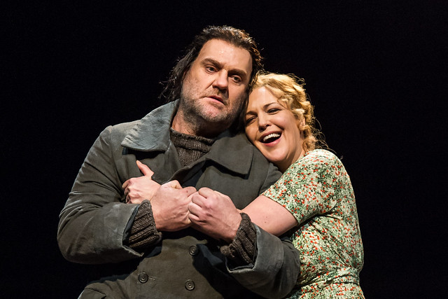 Bryn Terfel as The Dutchman and Adrianne Pieczonka as Senta in Der fliegende Holländer © ROH 2015. Photo by Clive Barda