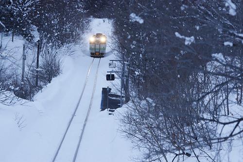 厳冬の豊ヶ岡駅