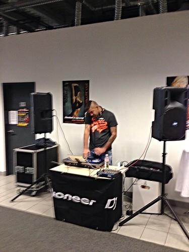 DJ set a Speedfit-ben