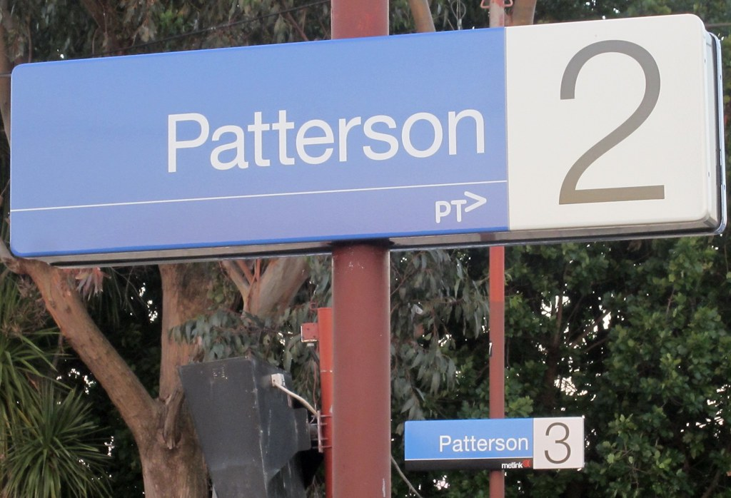 Patterson station: PTV and Metlink