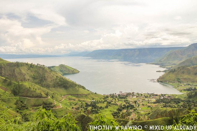 Indonesia - Medan - Sipiso-piso waterfall - Another view of the northern part of Lake Toba