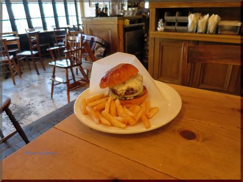 Photo:2014-01-26_ハンバーガーログブック_【広尾】BurgerManiaHiroo Newsです!本年初訪問で伺ったのは新店舗の話!-09 By:logtaka