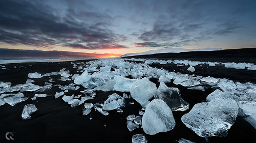 sunset seascape black hot cold ice beach diamonds landscape sand jökulsárlón d800 cresende lucroit