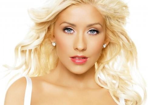 Christina Aguilera Tak Daring & Seksi di TWIN TOWERS @LIVE 2014