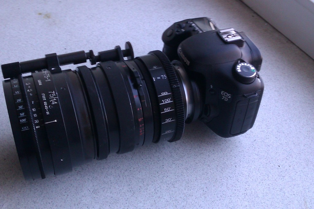 Canon 7D with Fast  anam F=75 - BAS38 - 1