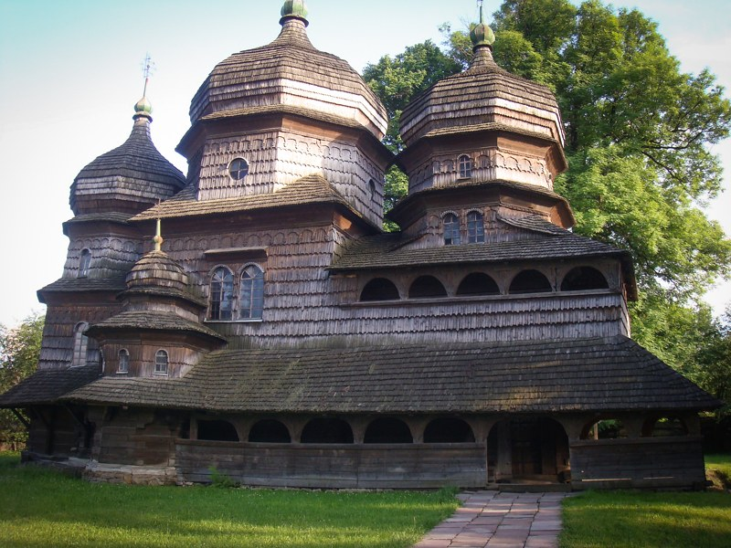 Tserkvas de madera Ucrania Cárpatos