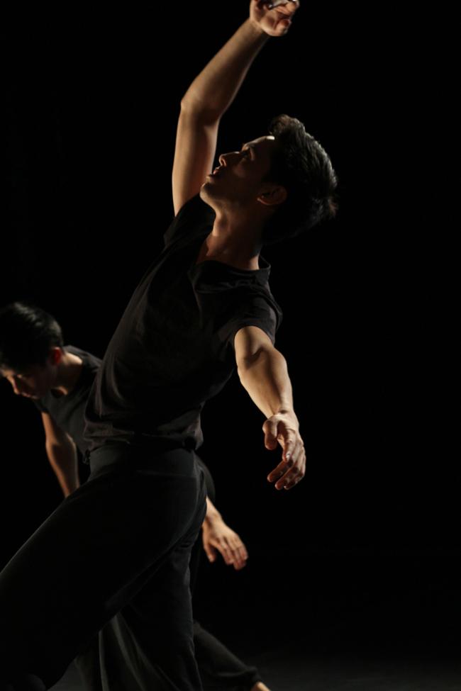 Russell_Dance massive 3