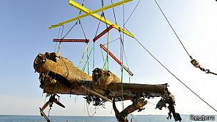 Dornier DO17 rescatado en el Canal de la Mancha