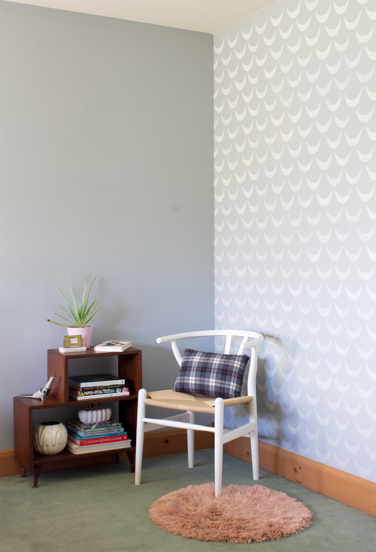 Bedroom Makeover: Paint and Stenciling