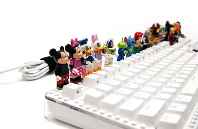 i-Rocks Fun 趣玩機械鍵盤 (1) 鍵盤加上積木,裝扮個人不一樣的電腦桌! @3C 達人廖阿輝