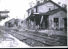 HS 2-52 (front) - Marne - Bomb damage to Dormans Station, WWI