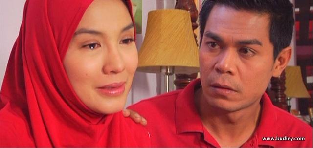 Perkahwinan Taqifah (Lisdawati) dan Azman (Fauzi Nawawi) yang tidak direstui oleh maknya