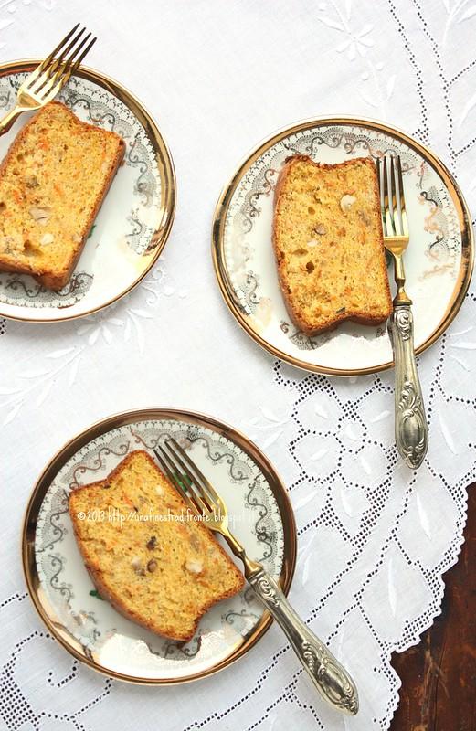 Cake aux carottes et aux noisettes