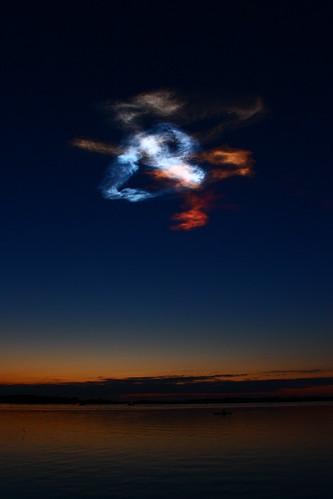 sunrise contrail shapes kennedyspacecenter indianriver shuttlelaunch oakhillfl