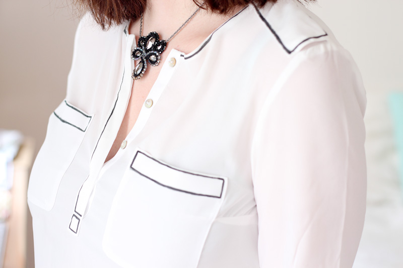DIY Black & White Outlined Shirt
